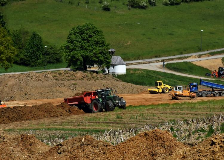 stavebni pozemek